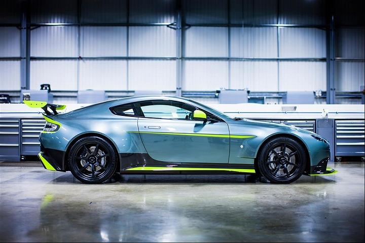 新しい記事: 150台限定!アストンマーティン<br>Vantage GT8を発表