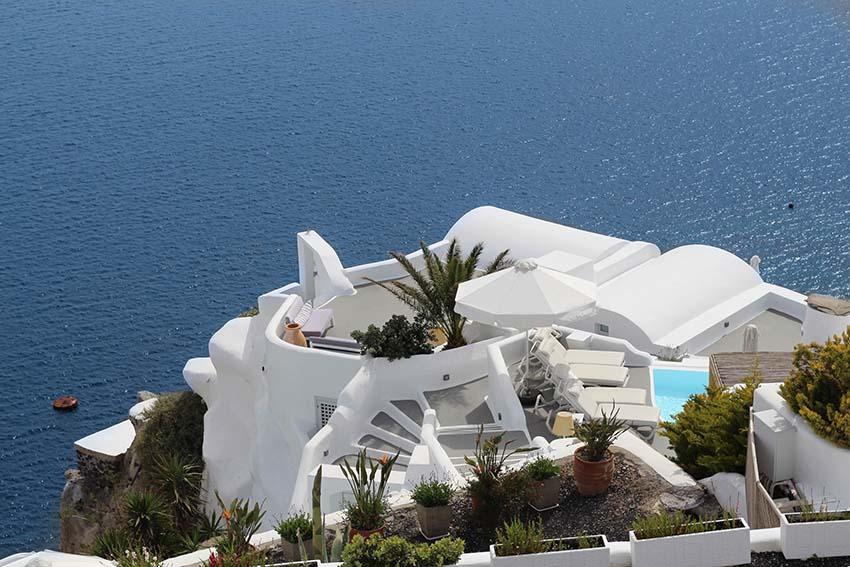 前の記事: VIPを楽しむラグジュアリーステイ vol.3『アンドロニス ラグジュアリー スイーツ』(ギリシャ・サントリーニ島)