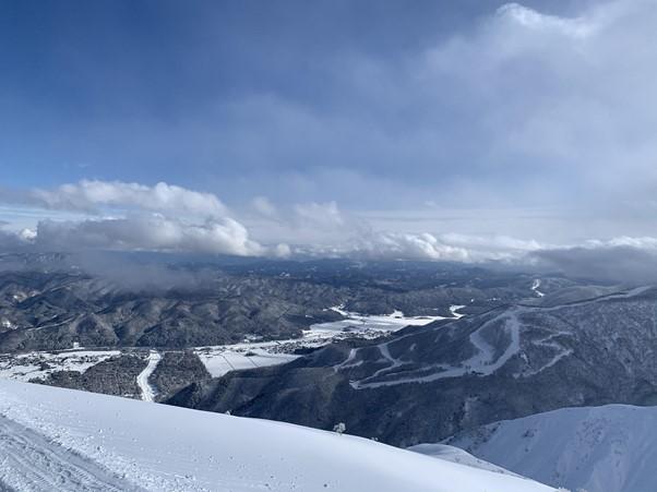 新しい記事: 雪質抜群!今シーズンの白馬村スキー場レポート