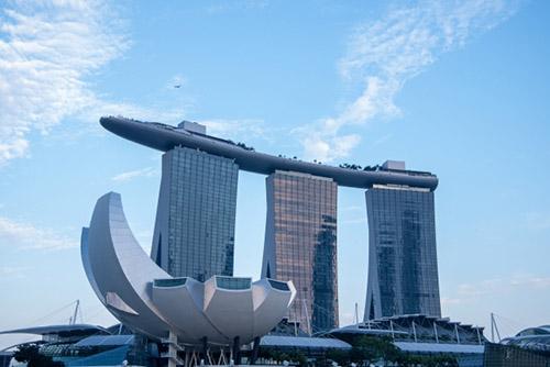 新しい記事: 世界中の富裕層がシンガポールに集う理由とは